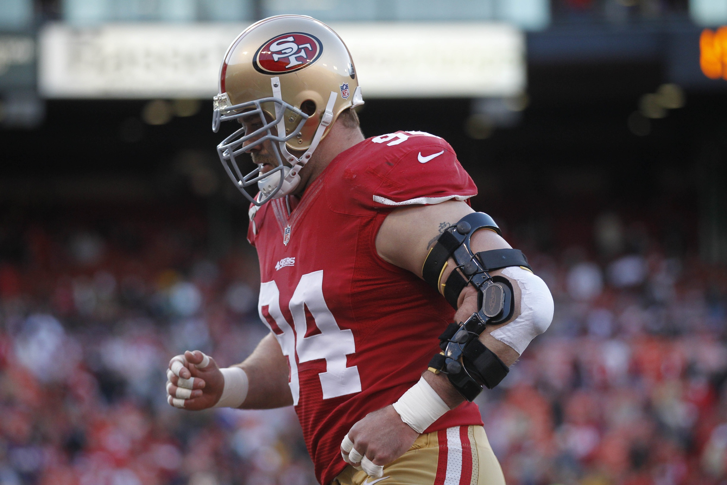 Contract Forecast: Justin Smith